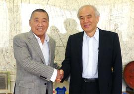 学長がオーエスジー株式会社代表取締役会長 大沢 輝秀 氏との対談を行いました。