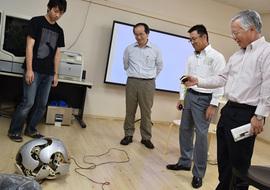 人間・ロボット共生リサーチセンターでの様子