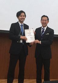 Dr. Mohri and Mr. Sugamura (from right)