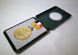 200715jusyo-take-medal.jpg