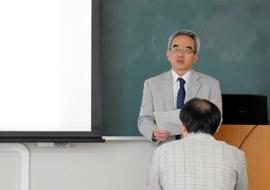 開会の挨拶をする角田範義環境・生命工学系長
