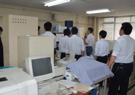伊津野研究室の見学