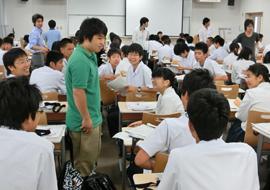 現役学生との座談会