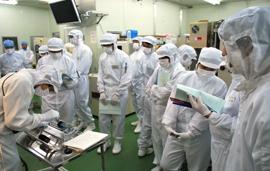 講習会の様子(酸化工程)