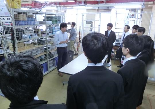 https://www.tut.ac.jp/images/171012kengaku1.JPG