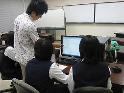 実験・実習に取り組む受講生たち3