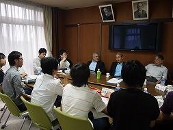 meeting_mrYoshino.jpg