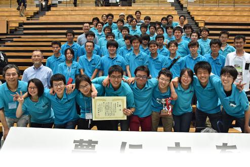 NHK学生ロボコン2016にロボコン同好会が出場し、準優勝しました。